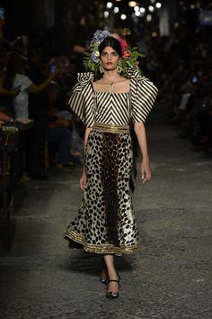Dolce & Gabbana Celebrate Sophia Loren and Naples with a Hugely Fun Alta Moda…