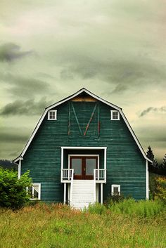 Barn? House? Washington State