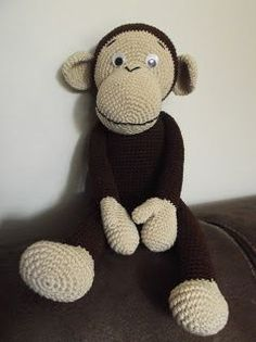 Free Crochet monkey but has to be translated Amigurumi Free, Crochet Amigurumi, Amigurumi Patterns, Amigurumi Doll, Crochet Dolls, Crochet Animal Patterns, Stuffed Animal Patterns, Crochet Animals, Crochet Monkey