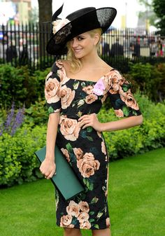 Pixie Lott nails the dress code at Royal Ascot 2013 [Rex]