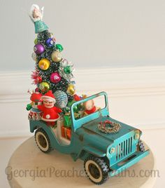 Image of Kitschy Christmas Creations Vintage Jeep Party Time Vintage Christmas Crafts, Retro Christmas Decorations, Whimsical Christmas, Christmas Projects, Handmade Christmas, Holiday Crafts, Christmas Ornaments, Vintage Ornaments, Christmas Truck