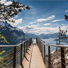 The future looks bright from here! Overlooking Åndalsnes in Norway, we'd love this view right about now. Have you ever done the hike to the point? Norway Travel, Cruise Norway, Places To Travel, Places To See, Walk For Life, Amazing Swimming Pools, World View, Ultimate Travel, Beautiful Places
