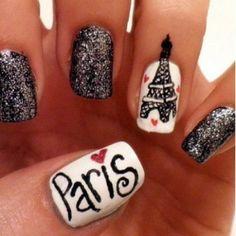 Paris <3  OMG  best nails i havve everrrr seeen !