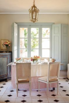 Shabby Chic Home Decor Kitchen Dinning Room, Dining Area, French Country House, Country Chic, Comedor Shabby Chic, Casas Shabby Chic, Pastel House, Cocinas Kitchen, Happy House
