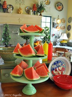 can't ever find decently priced cake stands, i'm going to try these - Martha cake stands