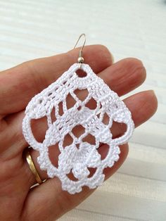 PDF Tutorial Crochet Pattern...Dangle Earrings by accessoriesbynez