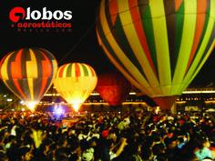 Globos aerostáticos en el Zócalo de la ciudad de México. ana@globosaerostaticosmexico.com