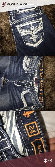 Women's Straight Rock Revival Jeans 24 Dark blue jeans size 24 straight. Very stylish looks good with a nice blouse! Rock Revival Jeans Straight Leg