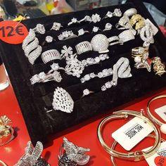 #festadellamamma #anelli #supersbrillocchi #trilogyring #solitario #12euro
