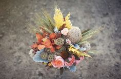 a different rustic buquet - cute! Fall Bouquets, Fall Wedding Bouquets, Fall Wedding Colors, Green Wedding Shoes, Autumn Wedding, Rustic Wedding, Our Wedding, Wedding Ideas, Chic Wedding