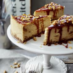 Caramel Peanut Cheesecake Rezept   LECKER