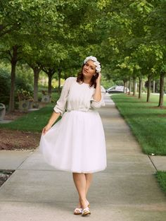 In Kinsey's Closet | An all white outfit with flower crown for a white party!