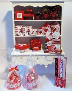 Download - Valentine Boxes Red Heart - ZENA'S MINIATURES