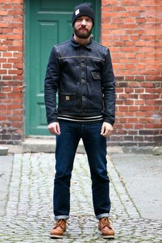 How to wear: navy denim jacket, white and black horizontal striped crew-neck sweater, navy jeans, brown leather work boots Rugged Style, Dr. Martens, Denim Vintage, Estilo Denim, Style Masculin, Cooler Look, Denim Jacket Men, Sweaters And Jeans, Raw Denim