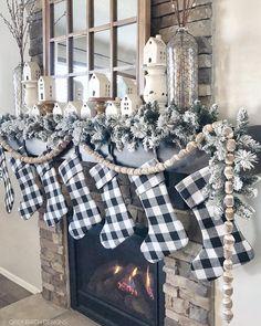 Christmas Fireplace, Christmas Mantels, Farmhouse Christmas Decor, Cozy Christmas, Country Christmas, Christmas Decorations, Fireplace Decorations, Black Christmas, Outdoor Christmas