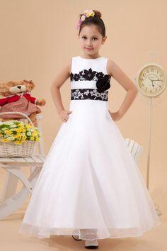a4635816b542 18 Best Bridesmaids flower girl dresses images