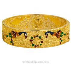 Gold enamel work peacock Bangle from Kerala Jewellers. Bridal Bangles, Gold Bangles, Cute Animal Drawings Kawaii, Gold Money, South India, Indian Jewelry, Peacock, Decorative Bowls, Kerala