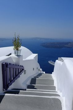 Santorini island, Greece, from the top of our cave hotel! Santorini Island, Santorini Greece, Mykonos, Great Places, Places Ive Been, Places To See, Dream Vacations, Vacation Spots, Vacation Ideas