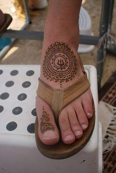 40-Best-Eid-Mehndi-Designs-Henna-Patterns-For-Full-Hands-Feet-2012-29