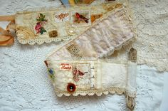Lululiz in Lalaland: When you are feeling poorly. Spool Crafts, Sewing Crafts, Sewing Projects, Graphic 45, Altered Books, Altered Art, Fabric Journals, Textile Fiber Art, Silk Ribbon Embroidery