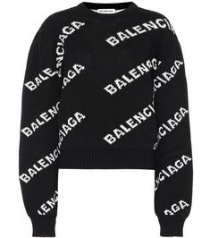Pull en laine Balenciaga sur My Theresa Balenciaga, Swag Outfits Men, Fashion Outfits, Wool Sweaters, Black Sweaters, Teen Girl Fashion, Womens Fashion, Fashion Books, Sweater Jacket