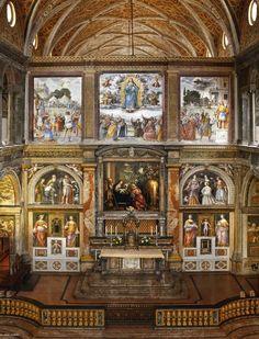 L'abside con l'altare di San Maurizio. #affreschi