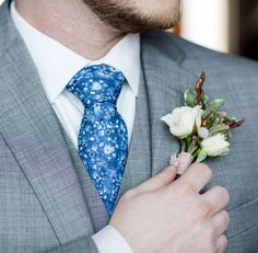 Choose the patterns and colors your want. Pick from hundreds of patterns, or request something unique. Then, select your colors. We can even match to colors from popular bridal gown makers! Knotty Tie, Bridesmaid Dress Colors, Wedding Ties, Tie And Pocket Square, Floral Tie, Bridal Gowns, Bows, Popular, Patterns