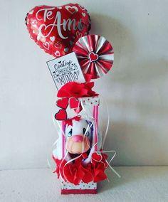 Bouquet, Christmas Ornaments, Holiday Decor, Gifts, Ideas, Paper, Candy Arrangements, Creative Flower Arrangements, Original Gifts