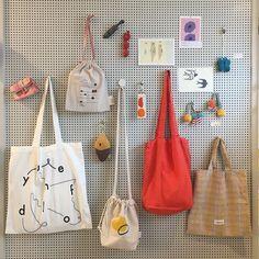 Vigan, Diy Tote Bag, Branded Bags, Cute Bags, Cotton Bag, Handmade Bags, Canvas Tote Bags, Textiles, Fabric