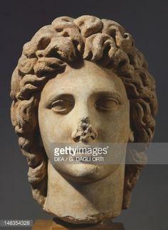 Мраморная голова Александра Великого, 2-й век до н.э., Древняя Греция