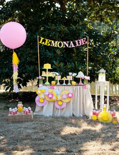 Have Pink Lemonade Stand or a lemonade party this summer--always a kid favorite #BHGSummer