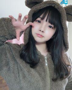 My heart 💔 Ulzzang Korean Girl, Cute Korean Girl, Cute Asian Girls, Cute Girls, School Girl Japan, Japan Girl, Beautiful Japanese Girl, Beautiful Asian Girls, Japonese Girl