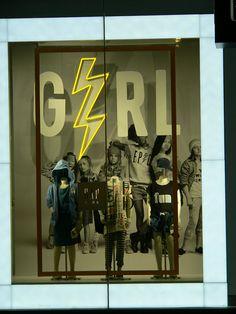 """GAP,London,UK, """"Girl Power"""", pinned by Ton van der Veer"""