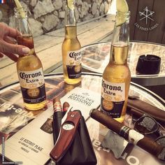 A good cigar good friends and ice cold Coronas!  #cigaroftheday @laleycigars Reserva 2015