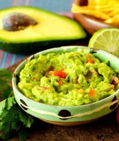 Southern Recipe Pork Rinds Recipes and More. Pork Rind Recipes, Guacamole Dip, Small Tomatoes, Mashed Avocado, Pork Rinds, Southern Recipes, Kimchi, Stuffed Peppers, Snacks