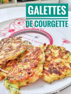 Easy zucchini patties - Bergamote & Family- Galettes de courgette faciles – Bergamote & Family Easy zucchini patties recipe for babies, children and gourmet parents! Baby Food Recipes, Easy Dinner Recipes, Healthy Dinner Recipes, Healthy Snacks, Chicken Recipes, Snack Recipes, Easy Meals, Cooking Recipes, Zucchini Patties