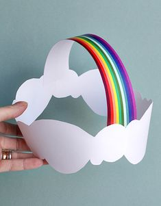 The perfect party hat for a rainbow party? I think so! Spotted on Smallful