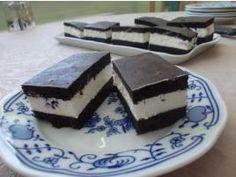 Kakaový koláč bez múky, veľmi jednoduchý a chutný.