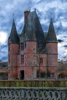 Chateau of Carrouges ~ is a chateau dating partly to the century, located in Orne, Basse Normandie in northwestern France. House of Bohemian Beautiful Castles, Beautiful Buildings, Beautiful Places, Chateau Medieval, Medieval Castle, French Castles, Château Fort, Castle In The Sky, Voyage Europe