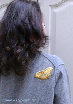 A tutorial on how to mend moth holes with embroidered moth patches. Make Do And Mend, How To Make, Sewing Hacks, Sewing Crafts, Sewing Projects, Craft Projects, Craft Ideas, Diy Crafts, Shorts Tutorial
