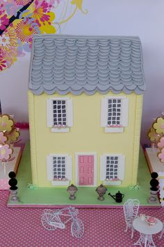 Dollshouse Cake by Just Call Me Martha for #Little Big Company Dollshouse party