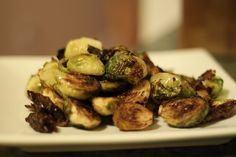 Balsamic Roasted Brussel Sprouts. posted on a friend's blog.  looks so yummy!