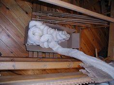 "Wolle Natur Farben : ""Rezept"" für kleine gewebte Wolldecken Plaids Teil 2 Merino Wool Blanket, Wool Quilts, Woven Chair, Loom, Natural Colors, Cardboard Paper, Weaving, Wool, Chain"