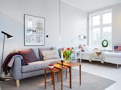 Living room/ bedroom, genious!