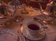 I want a fancy tea set Classy Aesthetic, Aesthetic Vintage, Aesthetic Girl, Princess Aesthetic, Ex Machina, Aesthetic Pictures, Beauty And The Beast, Tea Time, Tea Party