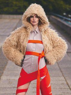 Katrin Thormann - Glamour Alemanha Janeiro 2017 - Editoriais - Revistas de Moda