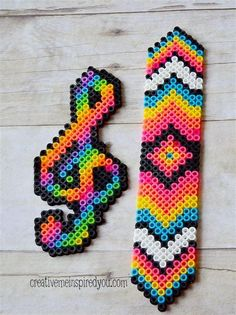 Fast and easy Perler Beads Designs, no matter what pattern you're looking, you can make it and decorate anything you want within a few minutes! Perler Bead Designs, Perler Bead Templates, Hama Beads Design, Diy Perler Beads, Perler Bead Art, Hama Beads Kawaii, Pearler Beads, Melty Bead Patterns, Pearler Bead Patterns