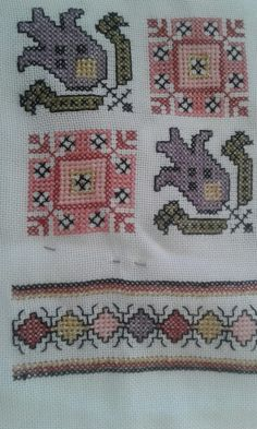 This Pin was discovered by Hur Cross Stitch Geometric, Cross Stitch Borders, Vintage Embroidery, Embroidery Patterns, Flower Embroidery, Palestinian Embroidery, Chicken Scratch, Bargello, Handicraft