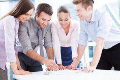 Das hohe Lied der Teamarbeit wird auch in deutschen Unternehmen gerne angestimmt. Doch ein Team entsteht nicht von selbst, es muss gebildet werden. Wie das gelingt...