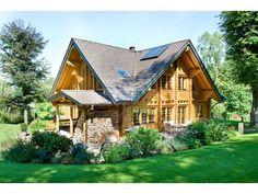 Rheintal - #Einfamilienhaus von Honka Blockhaus GmbH   HausXXL  #Blockhaus #Landhausstil #Satteldach